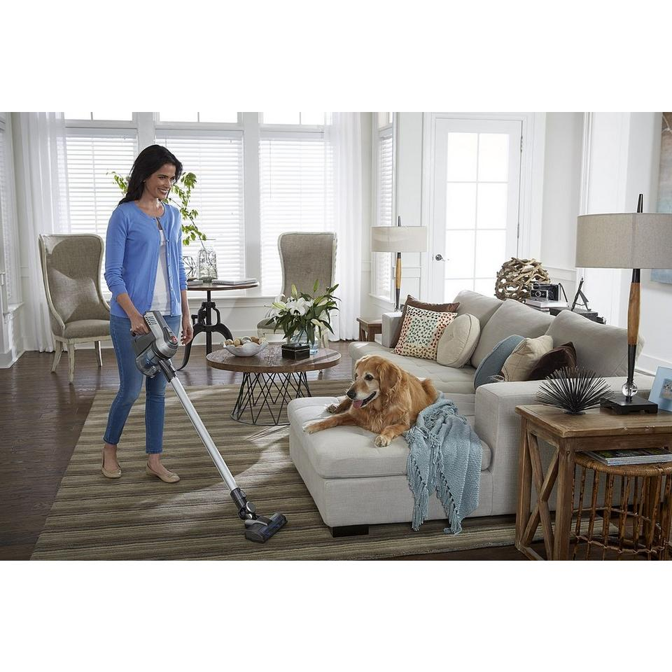 Cruise Cordless Ultra-Light Stick Vacuum - BH52200