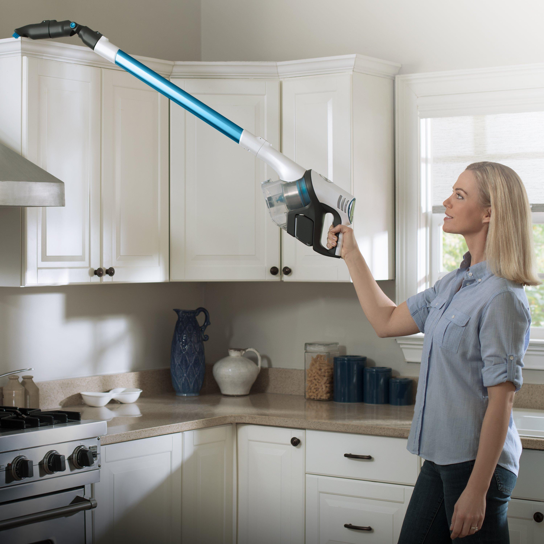 REACT Whole Home Cordless Stick Vacuum3