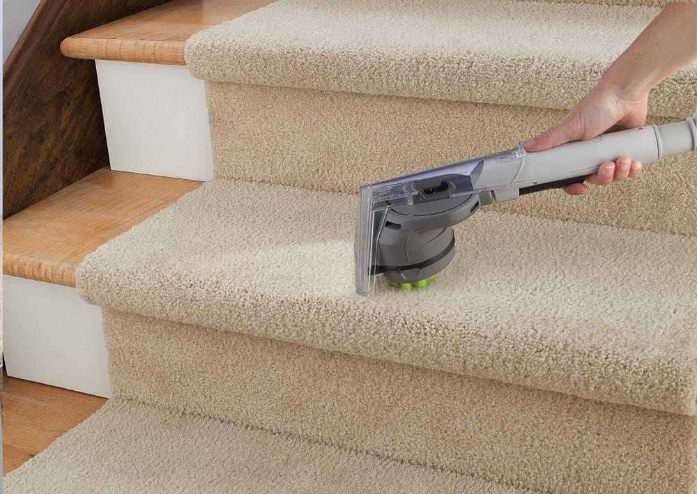 Max Extract Dual V WidePath Carpet Washer7