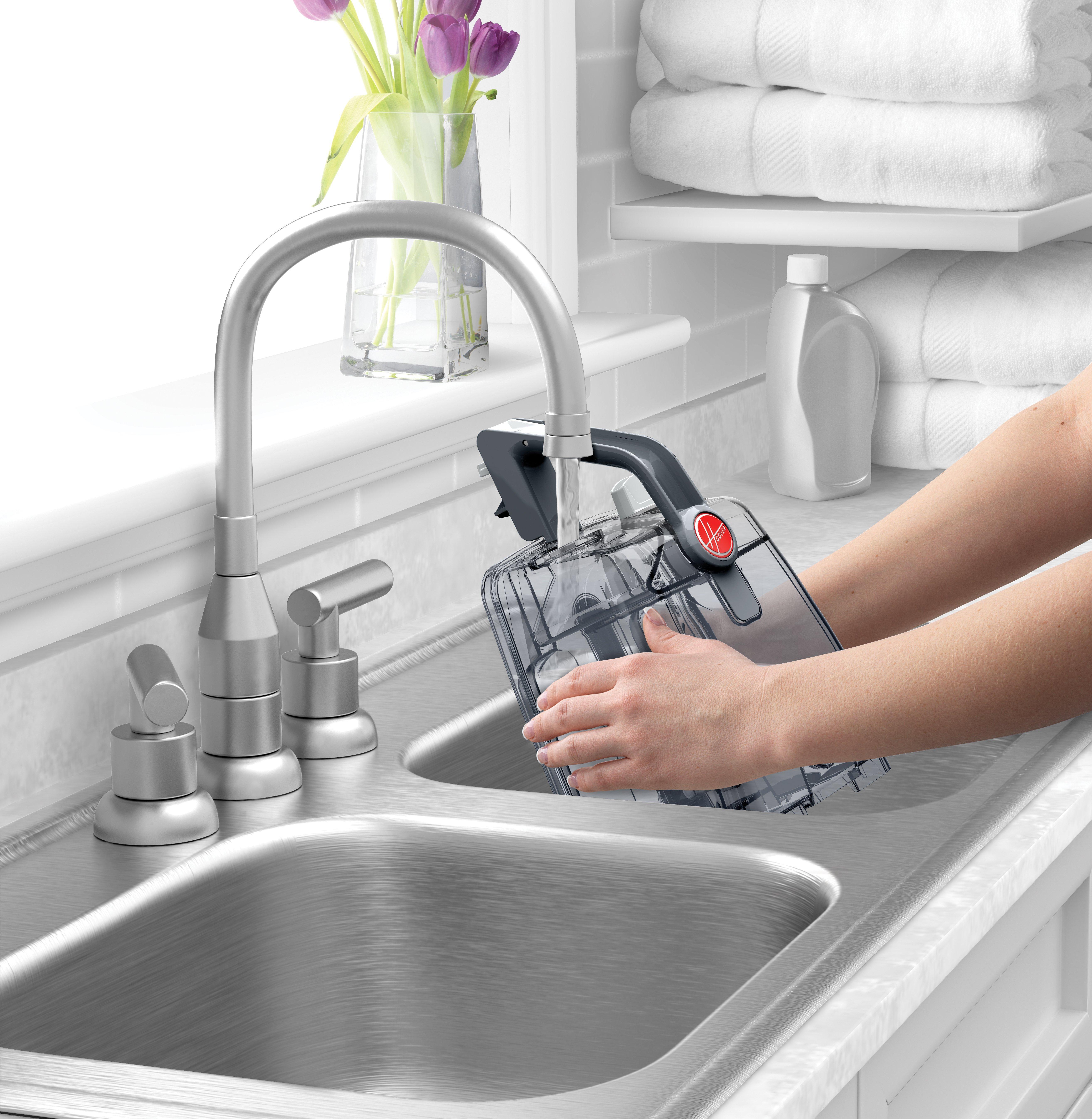 Hoover® Power Scrub Deluxe Carpet Cleaner8