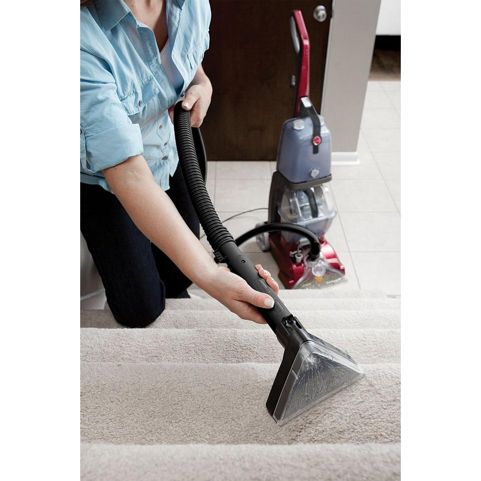Power Scrub Deluxe Carpet Cleaner