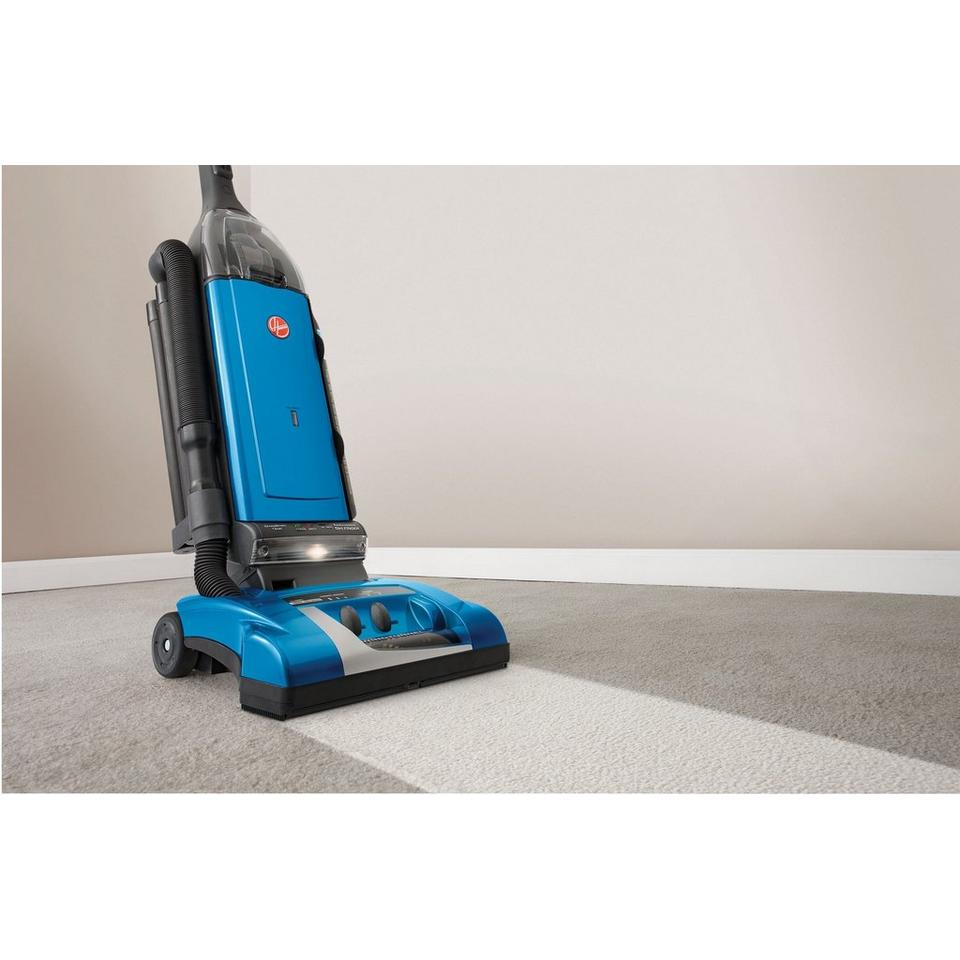 Reconditioned Self-Propelled WindTunnel Bagged Upright Vacuum - U64019RM
