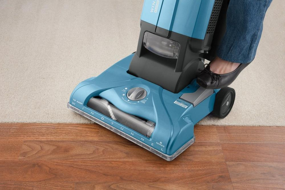 WindTunnel T-Series Bagged Upright Vacuum3