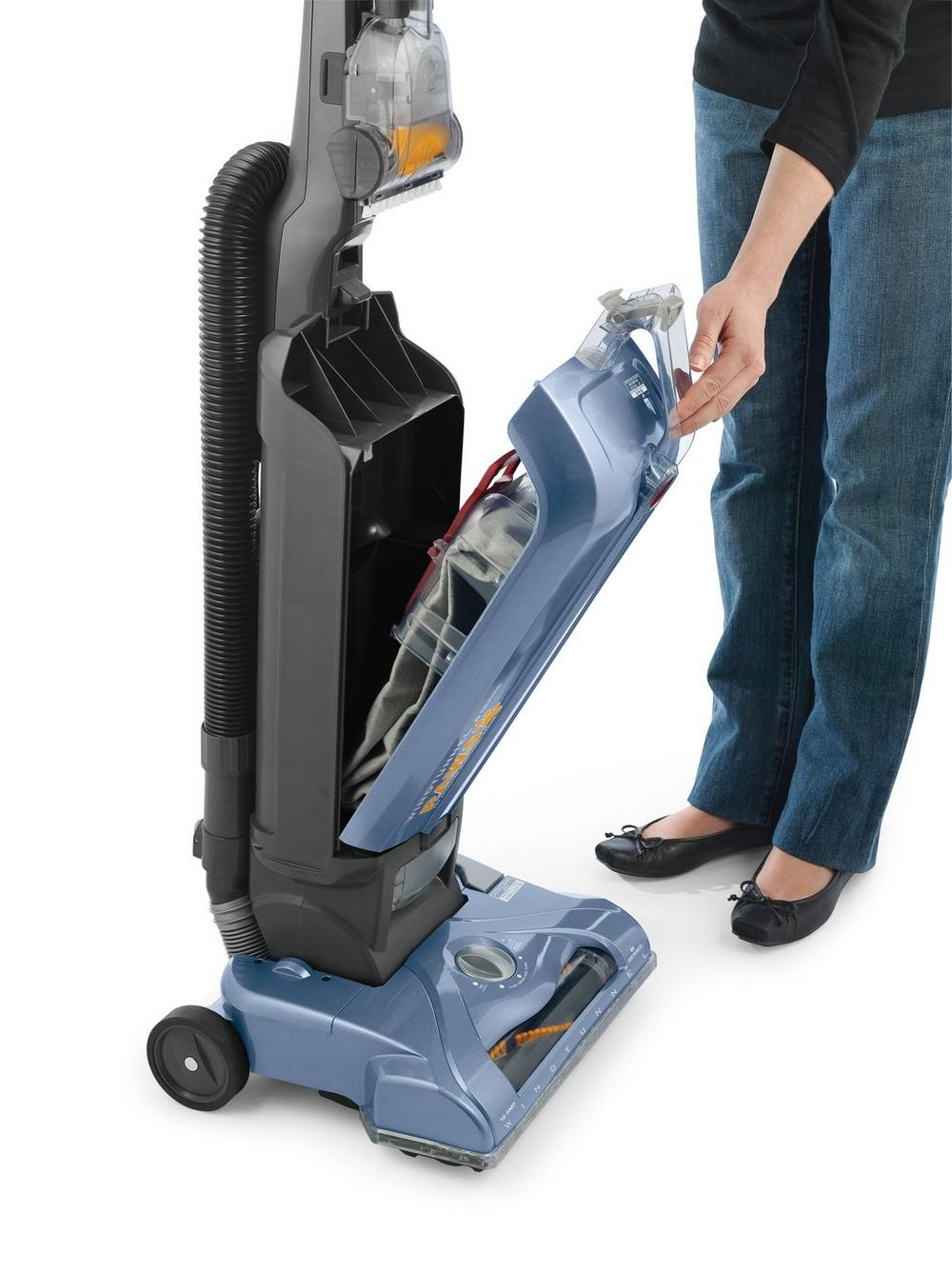 WindTunnel T-Series Pet Bagged Upright Vacuum8