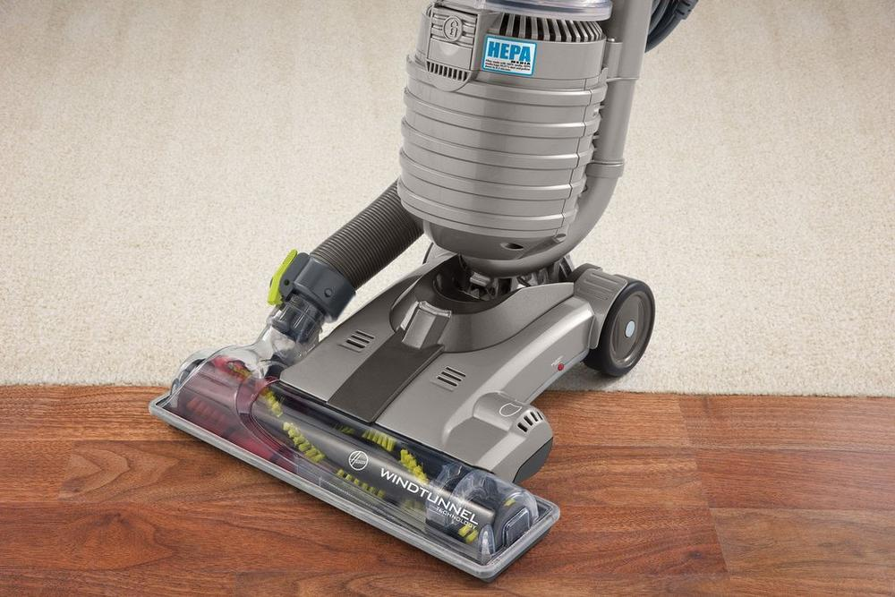 Reconditioned WindTunnel Air Upright Vacuum2