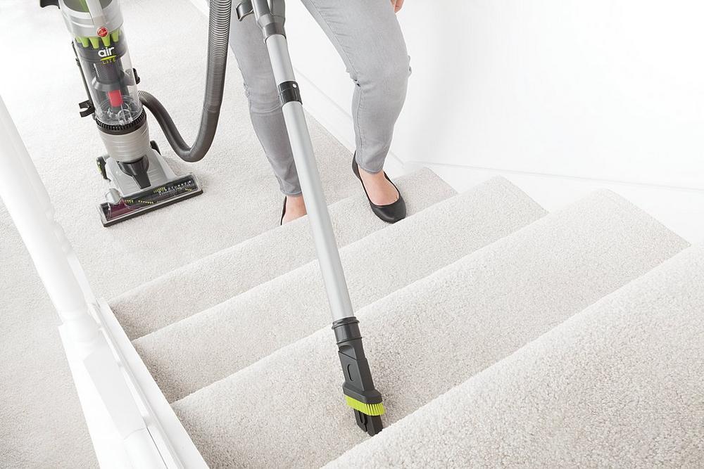 Air Lite Upright Vacuum7