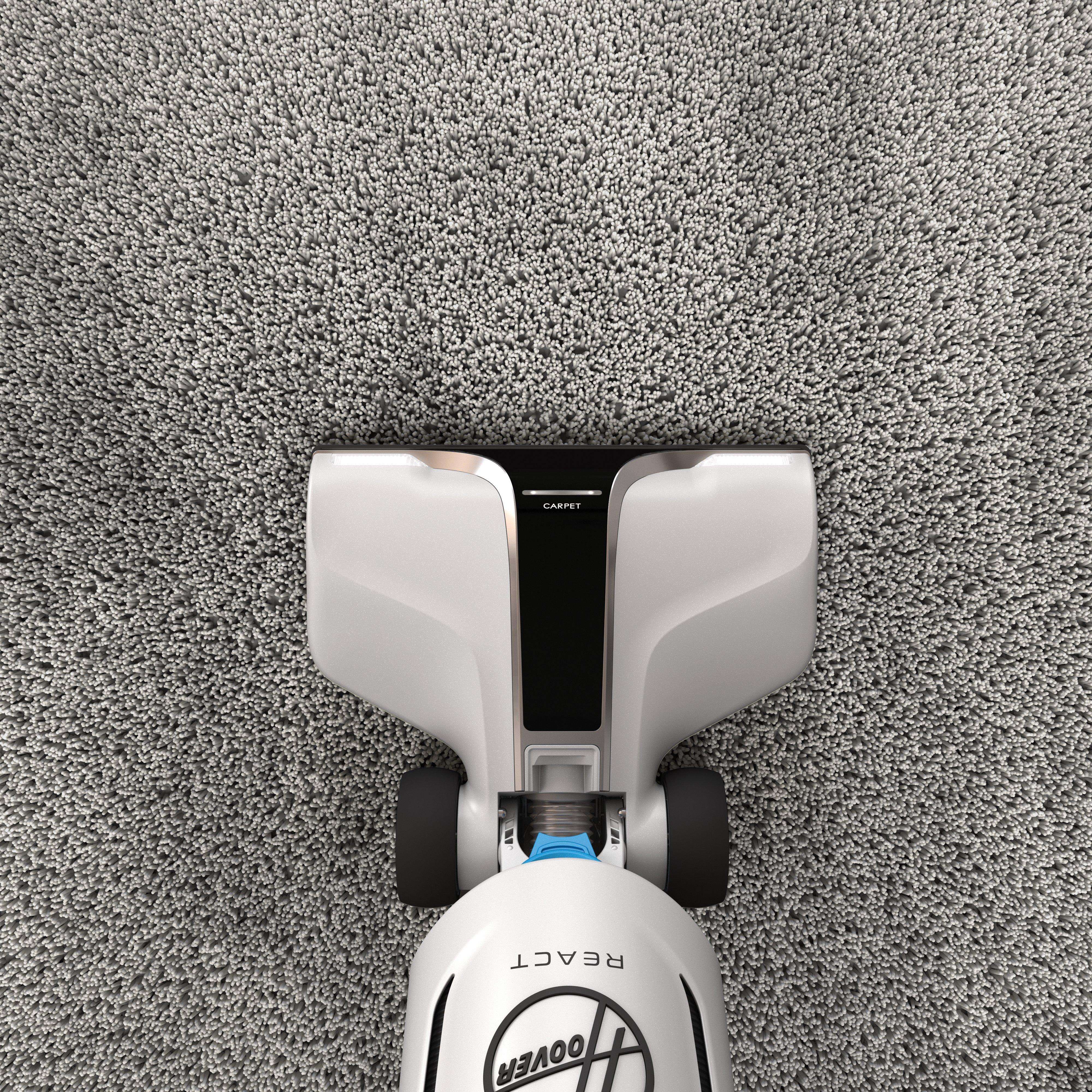 REACT Upright Vacuum45