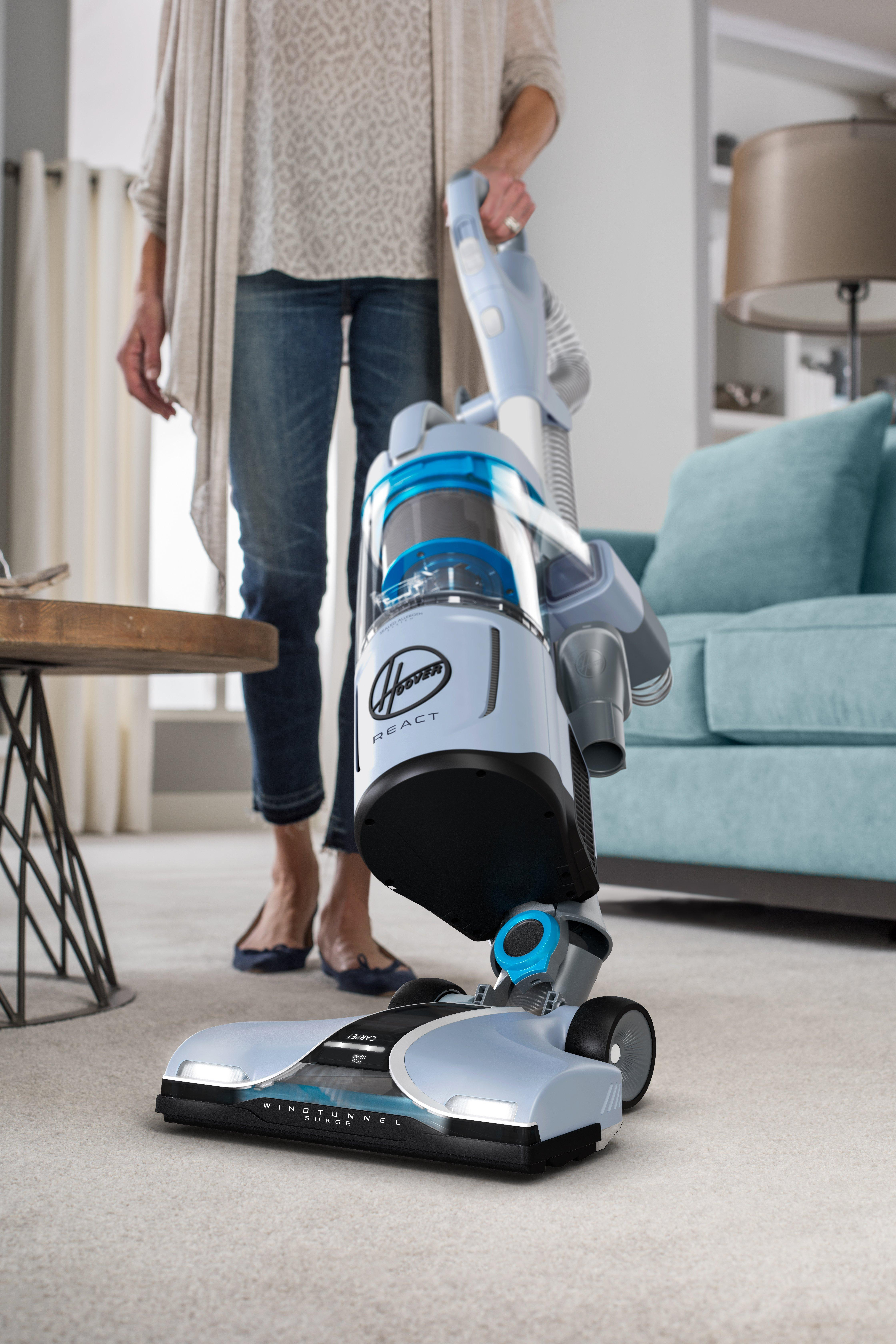 REACT QuickLift Upright Vacuum6
