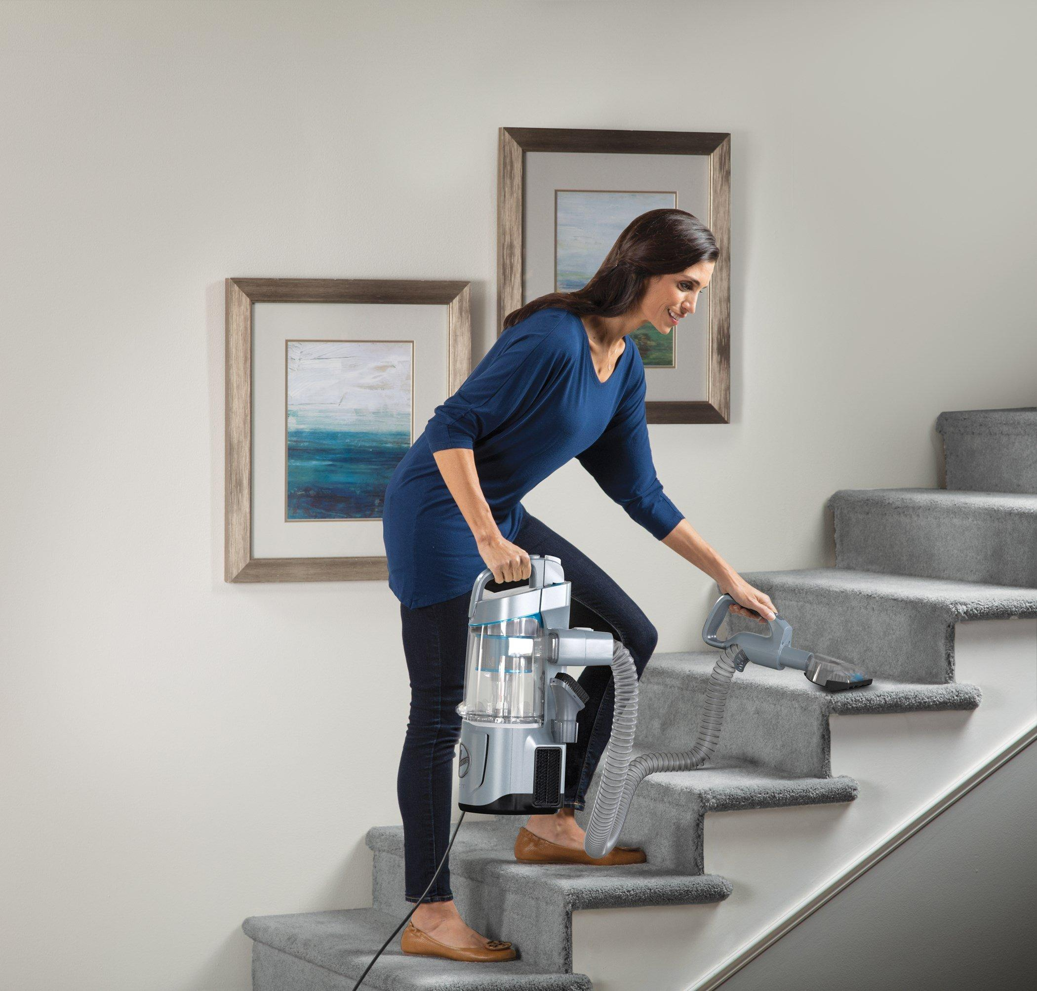 REACT QuickLift Deluxe Upright Vacuum2