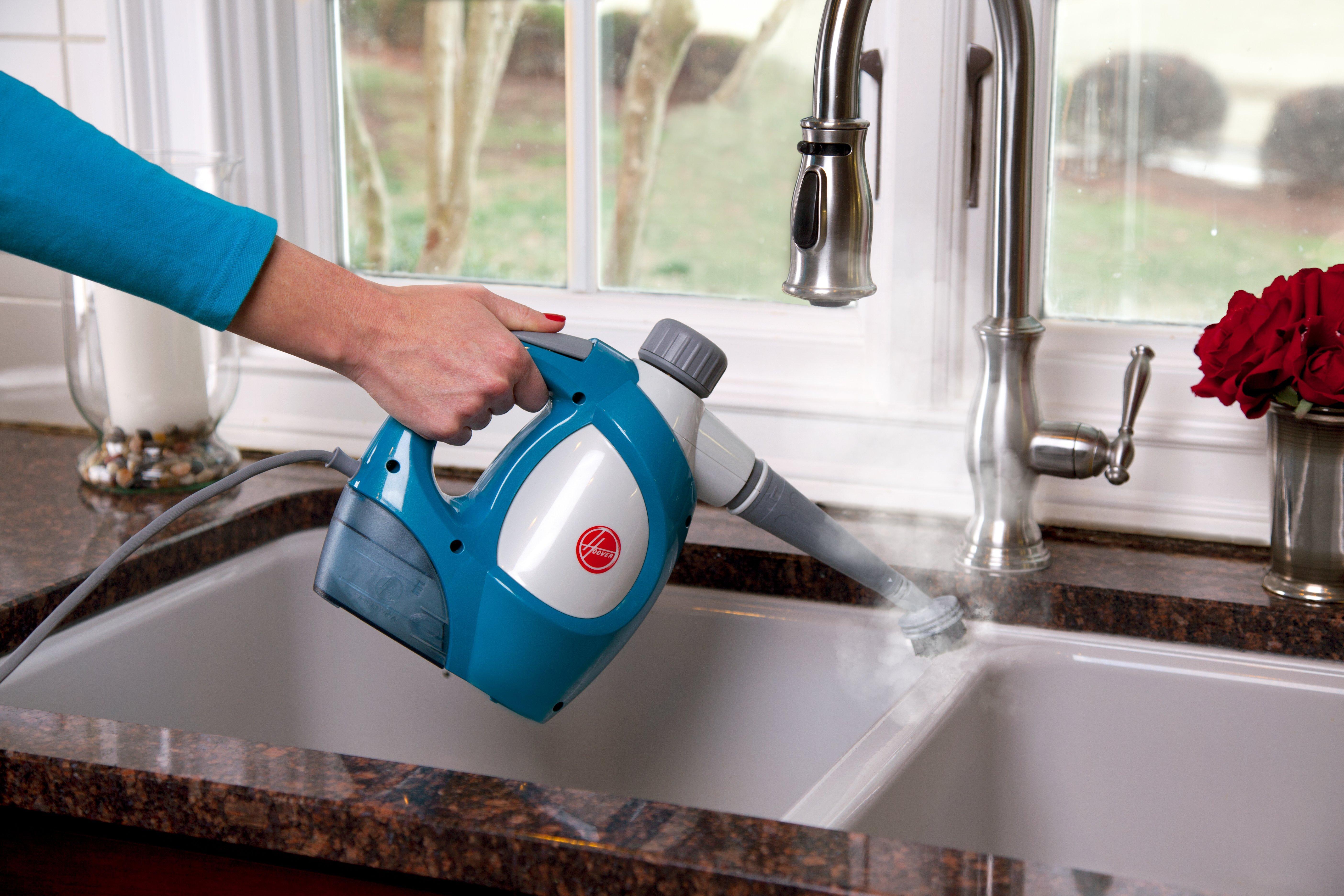 Hoover TwinTank Handheld Steam Cleaner3